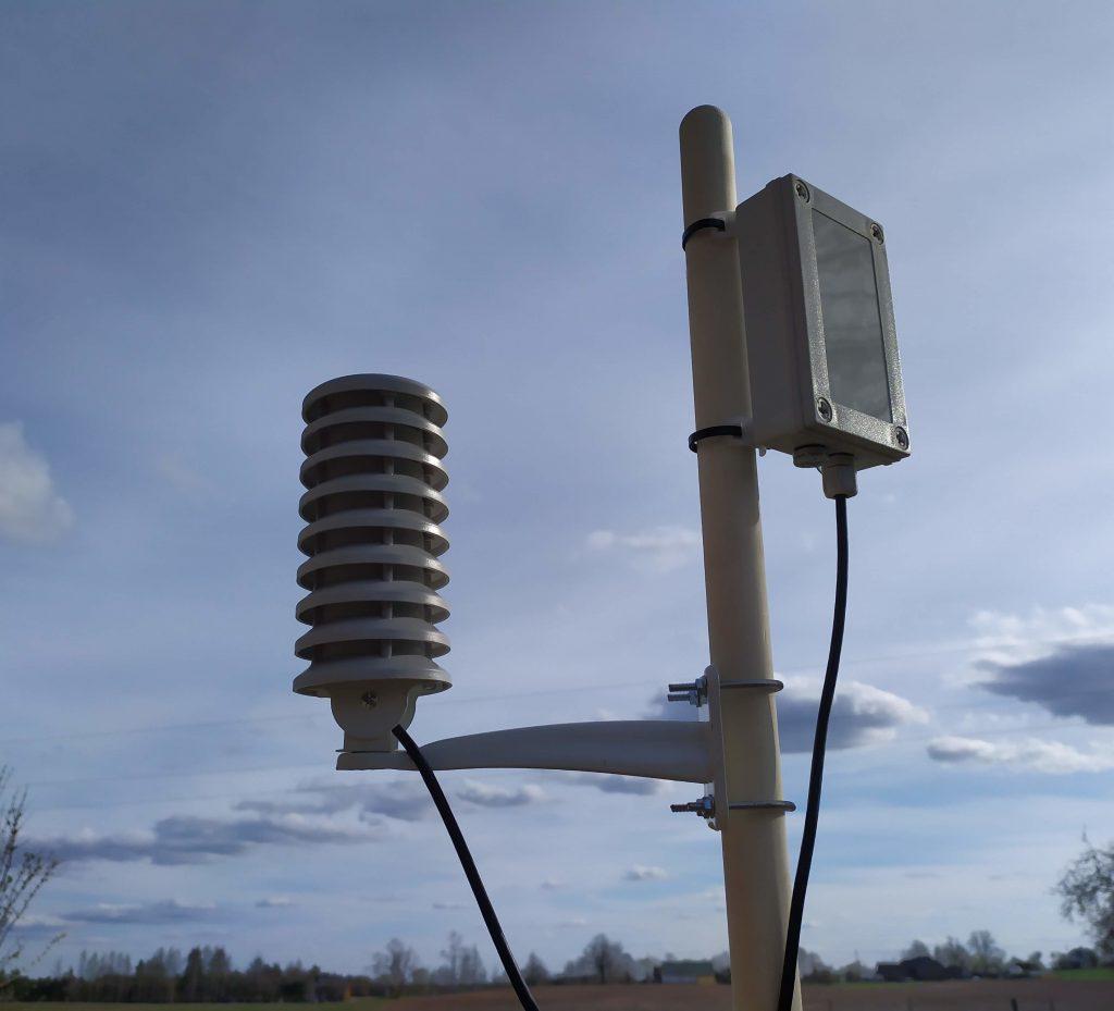 LoRa wan device air temperature humidity sensor radiation shield
